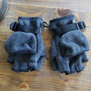 GAP kids gray mittens